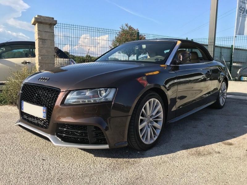 Hunajakenno etumaski Audi A5