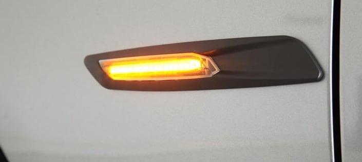 LED Vilkut musta F10 Ulkonäkö