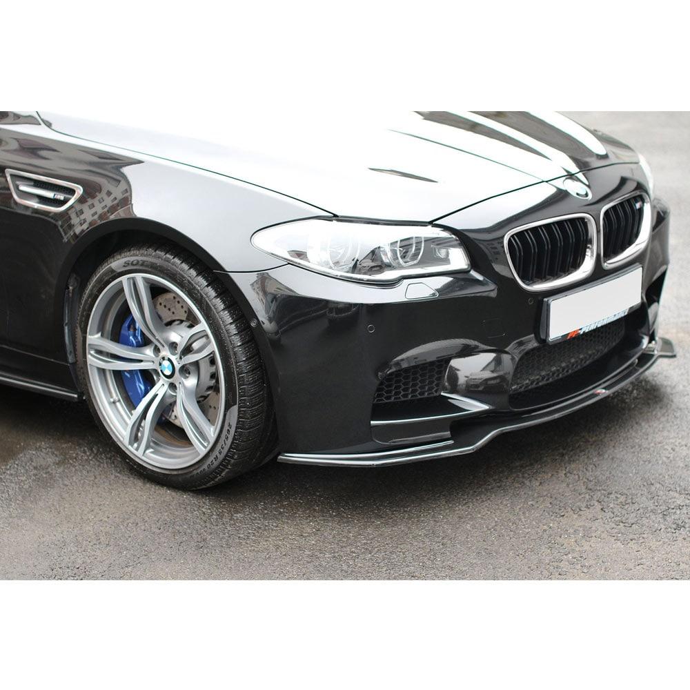 Kiiltävän musta Cupspoilerii eteen  BMW F10/F11