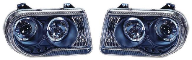 Devil Eyes mustat Chrysler 300C