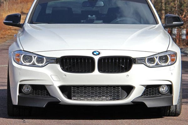 Splitterit eteen BMW F30