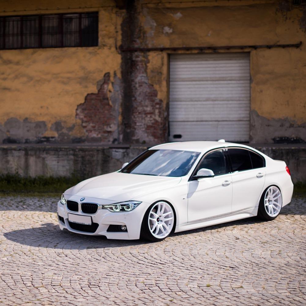 Jr29-white-bmwF30